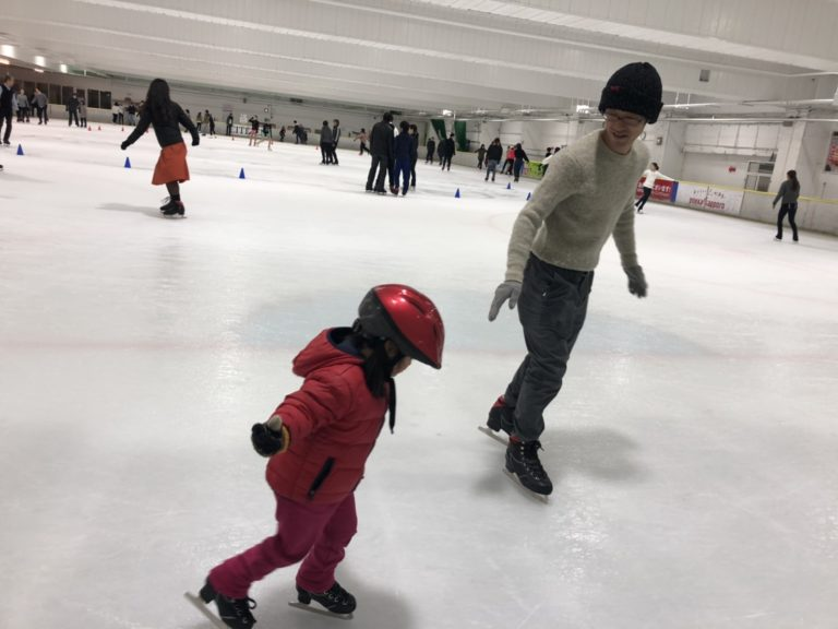 国際結婚 アイススケート 練習