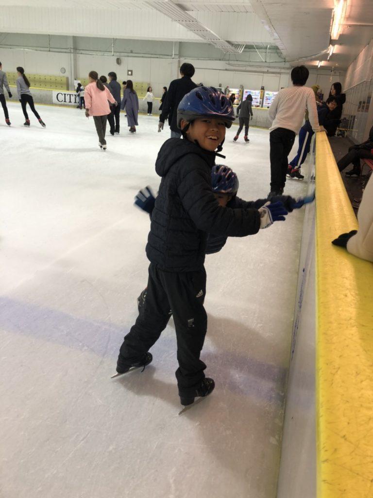 国際結婚 アイススケート 子どもたち